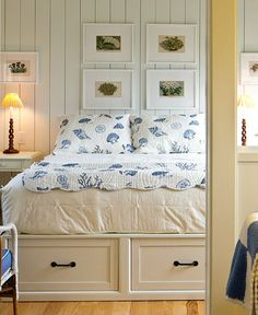 Beachy seashell bedding from Kohl's seen in a coastal cottage... Featured on CC: http://www.completely-coastal.com/2015/08/blue-white-coastal-cottage-seashell-motif.html