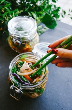 Noodles on the run! Make your noodle soup transit-friendly by sealing it in a jar for a lunch on the go. | Travelling Noodles by The Londoner