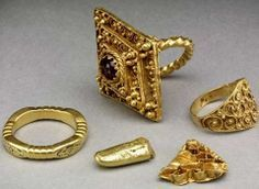 Anglo Saxon gold hoard, Leeds City Museum © Trustees of the British Museum