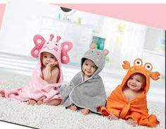 Resultado de imagen de capa baño bebe Kids Pajamas, Couture, Baby Gifts, Sewing Patterns, Personal Care, Embroidery, Hooded Towels, Baby Style, Hoody