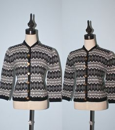 Vintage 1960s Knit Sweater / Retro 60s Black White Knit Cardigan Sweater / Classic Cardy Jumper Sweater / Size