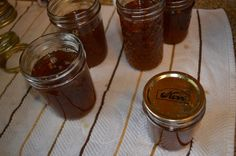 Best Jalapeno and Bell Pepper Jelly ever! It's so easy to home can/preserve this delicious jelly that can be used as a dip, spread - the uses are endless! Green Pepper Jelly, Jalapeno Pepper Jelly, Pepper Relish, Stuffed Jalapeno Peppers, Stuffed Green Peppers, Bell Pepper, Bakery Recipes, Jam Recipes, Apple Juice
