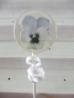 White Pansy / Flower Lollipops - 12 Gourmet Candy Lollipops with Edible Images - Wafer Flowers - Very Unique