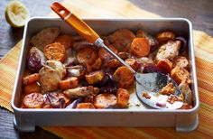 Be sure to impress your dinner guests with this Lemony chicken and sweet potato traybake recipe. Find out how, as well as view hundreds of other recipes at Tesco Real Food today! Sweet Potato Recipes, Healthy Chicken Recipes, Tasty Meals, Chicken Meals, Healthy Dinners, Vegetarian Recipes, Tray Bake Recipes, Cooking Recipes, Tesco Real Food
