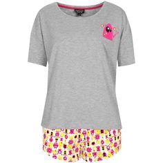 TOPSHOP Alien Tee and Shorts PJ Set (140 BRL) ❤ liked on Polyvore featuring intimates, sleepwear, pajamas, pyjamas, pijamas, sleep, yellow, pajama tops, cotton pjs and pj tops