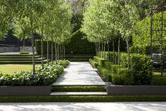 Peter Fudge Gardens have created a severely disciplined garden, based on formal geometric principles and evoking French formal gardens. Modern Landscaping, Backyard Landscaping, Landscaping Ideas, Formal Gardens, Outdoor Gardens, Landscape Architecture, Landscape Design, Canada Landscape, Path Design