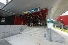 Nice Singapore Mrt Fighting photos - http://singapore-mega.com/nice-singapore-mrt-fighting-photos/