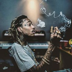[New] The 10 Best Hairstyles (with Pictures) - ' ' of cigaratte of sitting style of smoking editzz ' ' wiz__khalifa Arte Do Hip Hop, Hip Hop Art, Wiz Khalifa Smoking, Whiz Khalifa, Wiz Khalifa Quotes, Bob Marley, Taylors Gang, Rapper Art, Anime Rapper