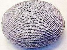 Zpagetti Floor Pebble Pouf | Hoooked free pattern