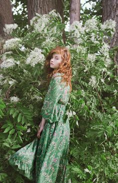 A Clothes Horse: Style Crush: Esther Fashion Shoot, Editorial Fashion, Forest Girl, Ginger Girls, Poses, Gypsy Style, Clothes Horse, Redheads, Fashion Photography