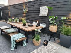 Mediterranean Garden Design Binnenkijken bij Sylvie - My Simply Special Pergola With Roof, Wooden Pergola, Pergola Patio, Diy Patio, Backyard Patio, Small Pergola, Patio Ideas, Urban Garden Design, Mediterranean Garden Design