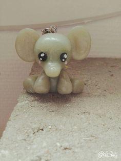 Éléphant kawaii en fimo.