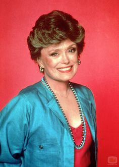 Actress Rue McClanahan was born today in Some of her best known roles came on TV with the show Maude where she played Vivian Harmon and as Blanche Devereaux on The Golden Girls. Rue Mcclanahan, Golden Girls, Blanche Devereaux, Oscar Wilde Quotes, Star Wars, What Do You Mean, Thanks For The Memories, After Life, Southern Belle