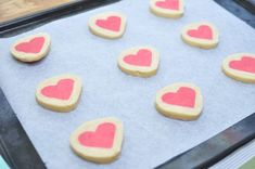 Bambi - Slice n' bake – Alla hjärtans dag kakor Bambi, Tart, Sugar, Snacks, Cookies, Desserts, Inspiration, Tailgate Desserts, Biblical Inspiration