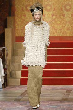 Chanel Pre-Fall 2009 Fashion Show - Inna Pilipenko
