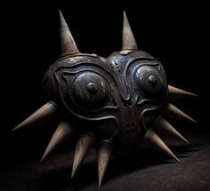 Incredible wooden  Majora's Mask  in the works by Mario Mayer. - The Legend of Zelda
