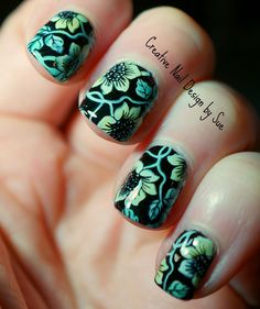 Creative Nail Design by Sue: Digital Dozen Does Flowers-Tinted