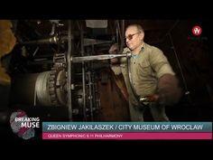 Od 1999 roku Zbigniew Jakilaszek codziennie wchodzi na wieżę Ratusza i nakręca zegar. Mechanizm pochodzi z 1801 roku a twórcą zegara był Johann Gottlieb Klose #Wroclaw #timemachine