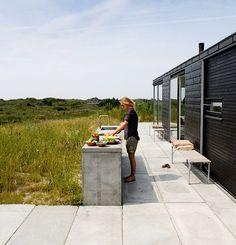 Outdoor kitchen_summer house in Denmark by Kontur Arkitekter