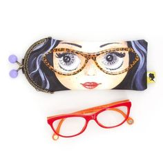 Etui lunette original, illustré visage à lunettes, fait-main avec fermoir clip en métal, cadeau pour femme, pour la fete des meres, 8x19 cm Clip, Sunglasses Case, Eyes, Posts, Mini Bag, Lobster Clasp, Unique Jewelry, Handmade, Face