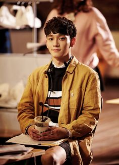 #chenchen #lookingboyfriend #flawlessface Lil Something