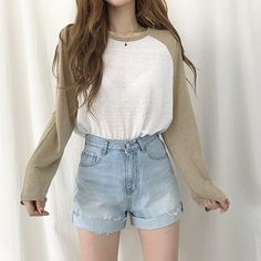 29 Korean Outfits For Teen Girls - Outfits ta Cute Casual Outfits, Short Outfits, Pretty Outfits, Stylish Outfits, Teen Fashion Outfits, Outfits For Teens, Girl Outfits, Fashion Tips, Ulzzang Fashion