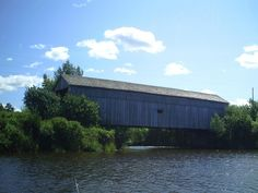 New Brunswick is a province blessed with Covered Bridges. I get to see some while we are fishing but have never driven through most of those I see. by Moncton Gardener, via Flickr