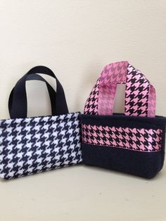 """American Girl 18"""" Size Doll Houndstooth Purse / Tote Bag / Gift Card Holder / Party Favor / Your choice Pink or Black by lindasornaments on Etsy"""