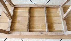 DIY pour fabriquer une table à manger rustique - Table pour salle à manger - 18h39.fr Table En Bois Diy, Diy Table, Fabrication Table, Grande Table A Manger, Table Palette, Sweet Home, Design, Decor, Tables