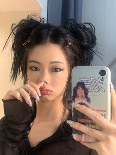 Aesthetic People, Aesthetic Hair, Korean Aesthetic, Hair Inspo, Hair Inspiration, Ulzzang Girl, Ulzzang Fashion, Dream Hair, Pretty Hairstyles