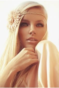 Boho Chic :) love the headband!