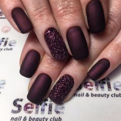 43 How To Choose Brown Nails With Glitter Acrylic 36 Sparkle Nails, Fancy Nails, Glitter Nails, Burgundy Nails, Brown Nails, Burgundy Color, Brown Nail Art, Stylish Nails, Trendy Nails