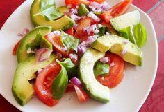 Szuperegészséges saláták avokádóból | NOSALTY Paleo, Keto, Avocado Salat, Caprese Salad, Clean Eating Recipes, Mozzarella, Quinoa, Potato Salad, Salads