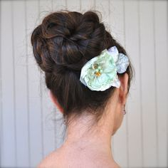 Items similar to Vintage mint, peach or blush blossom hair clip with velvet leaves. Also comes in peach or mint. on Etsy Blush Flowers, Flowers In Hair, Bridesmaid Hair Accessories, Barrette Clip, Peach Blossoms, Flower Hair Clips, Trending Outfits, Hair Styles, Unique Jewelry