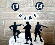 Fortnite birthday cake topper for a Fortnite birthday party. This Fortnite toppe. New Birthday Cake, Birthday Party Celebration, Happy Birthday Banners, Birthday Cake Toppers, Birthday Party Decorations, Boy Birthday, Birthday Parties, Birthday Ideas, Themed Parties