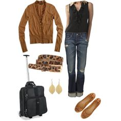 minus the rolling bag :) Travel Wardrobe, Capsule Wardrobe, Cute Fashion, Fashion Outfits, Womens Fashion, Airplane Travel Outfits, Casual Outfits, Cute Outfits, Casual Clothes