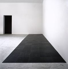5 x 20 Altstadt Rectangle, 1967. The work of Carl Andre occupies an essential transitional position in contemporary art. The artist himself places it in a tradition spanning Constantin Brancusi to Henry Moore, yet historically it rests within the more recent context of ideational gestures, starting with the early paintings of Frank Stella.