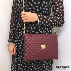 Pochette Moschino Love ❤️ #bags #handbags manlioboutique.com/moschino-love