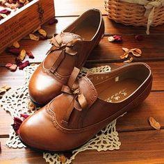 Waaaa.. preciooosos zapatitos!!!!  Oxford brown shoes fashion | Fashion World  #shoes #zapatos #oxford