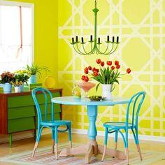 Muster Wand anbringen gelb weiße Farben kombinieren