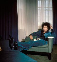 Jimi Hendrix at home 1967