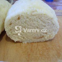 Houskové knedlíky bez kvasnic recept - Vareni.cz Gnocchi, Dairy, Bread, Cheese, Recipes, Food, Brot, Recipies, Essen
