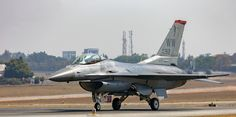 USAF F16 fighting falcon - Seen at the aero india 2015. The new edition is coming up in Feb next year.