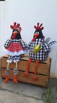 Discover thousands of images about Jenny Cookiie Farm Crafts, Easter Crafts, Christmas Crafts, Chicken Crafts, Chicken Art, Spring Projects, Spring Crafts, Crafts To Sell, Diy And Crafts