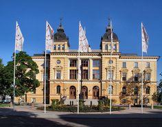Stadshus ,City Hall) Oulu (Finland) Kaupugintalo Places To Travel, Travel Destinations, Finnish Language, Visit Helsinki, Tourist Board, Business Travel, Family History, Genealogy, Sweden