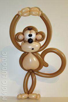Mono de globos - A balloon monkey