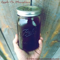 APPLE PIE MOONSHINE / Apple Pie Moonshine is probably the most popular and sought after type of bootleg whiskey ever made, and for good reason - it's delicious. We've already posted procedures for making a basic mash and even instructions on making peach moonshine. Here is our favorite (high octane) apple pie moonshine recipe (with video).