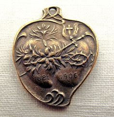 1 Bronze medal in honor of the Immaculate & Sacred Heart. All medals are fine replicas of antique in antiqued sterling silver and bronze Catholic Medals, Catholic Jewelry, Catholic Art, Sacred Heart Pictures, Stella Maris, Praying The Rosary, Spiritus, Old Watches, Heart Of Jesus