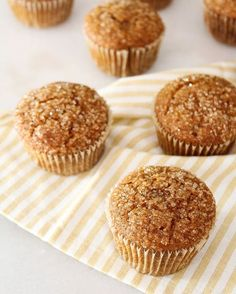 Best Pumpkin Muffins, Pumpkin Spice, Hollywood Regency, Muffin Recipes, Cake Recipes, Diy Roman Shades, Vintage Baking, Faux Brick, Cozy Living