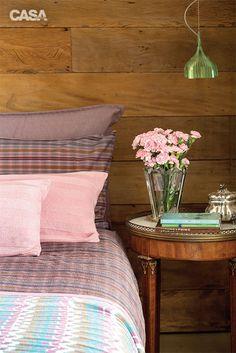 Apartamento grande em tons de rosa e com decoração super feminina - Casa